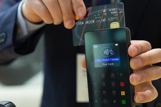 Zalety używania karty kredytowej